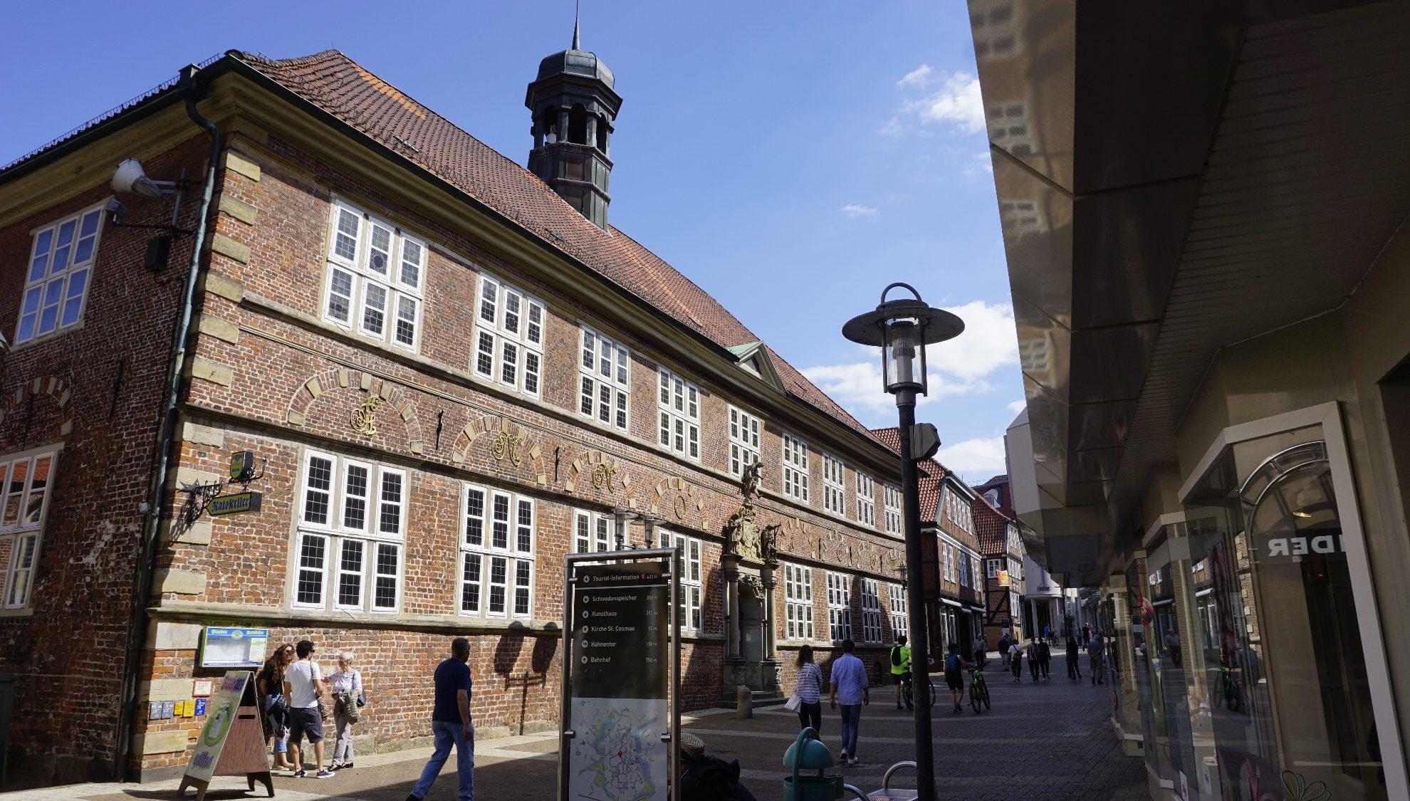 Historisches Rathaus Stade, Eingang Hökerstraße Stade