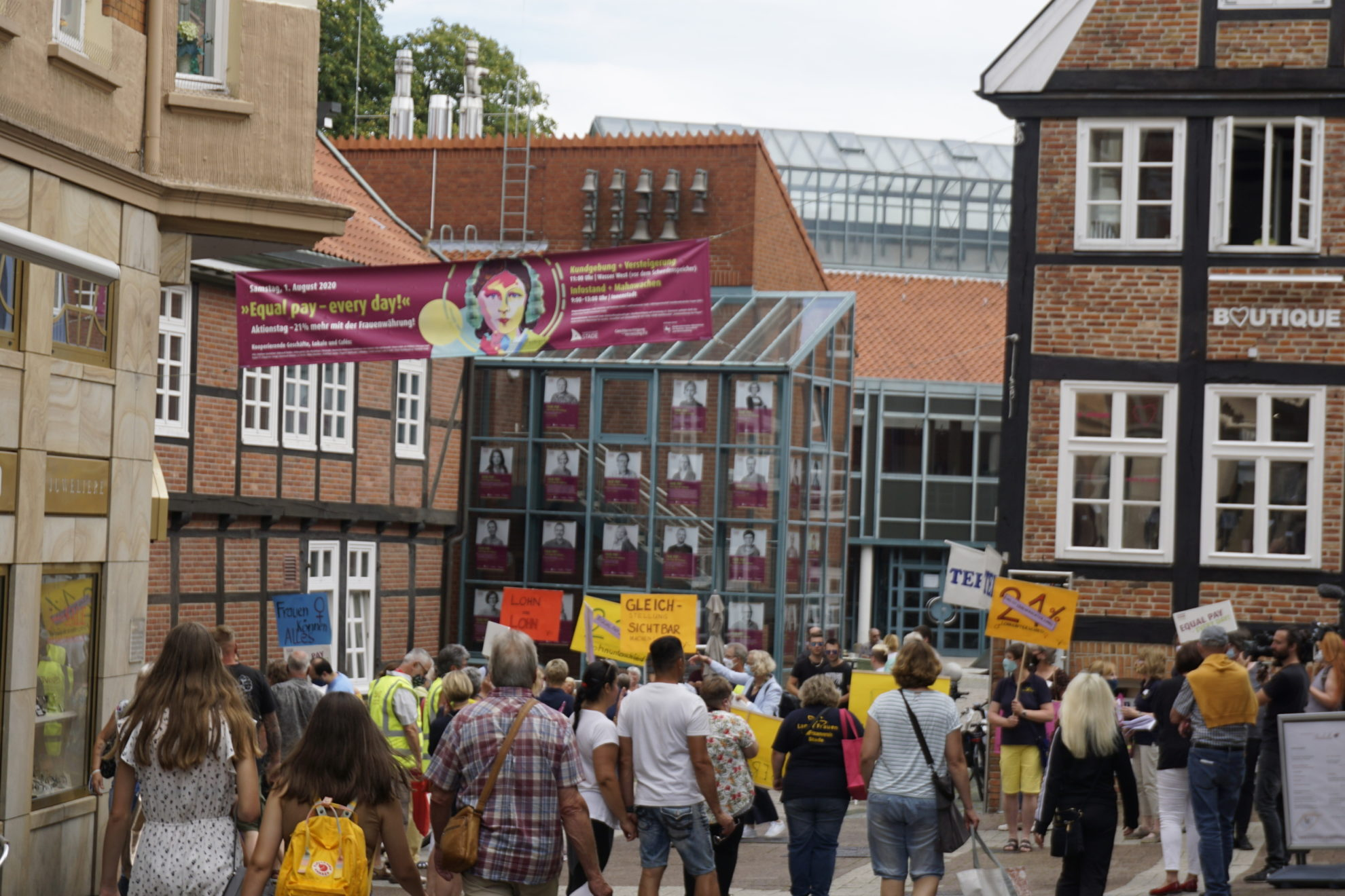 Protest vorm Rathaus